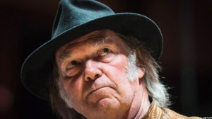 music-neil-young-oilsands-20140116 (2)