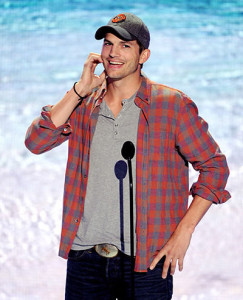 ashton_kutcher_celebrity_dating_advice_relationship_tips_valentines_day_19f8cpu-19f8cr6