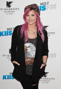 demi_lovato_celebrity_dating_advice_relationship_tips_valentines_day_19f8cpu-19f8crh