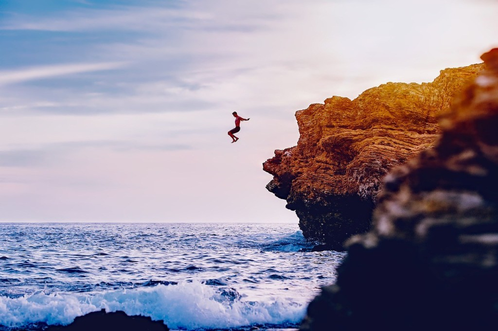 cliff jumping